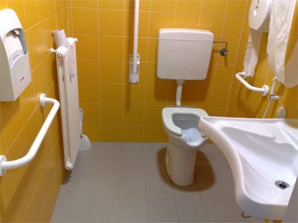 Tenere al caldo in casa piatto doccia disabili normativa